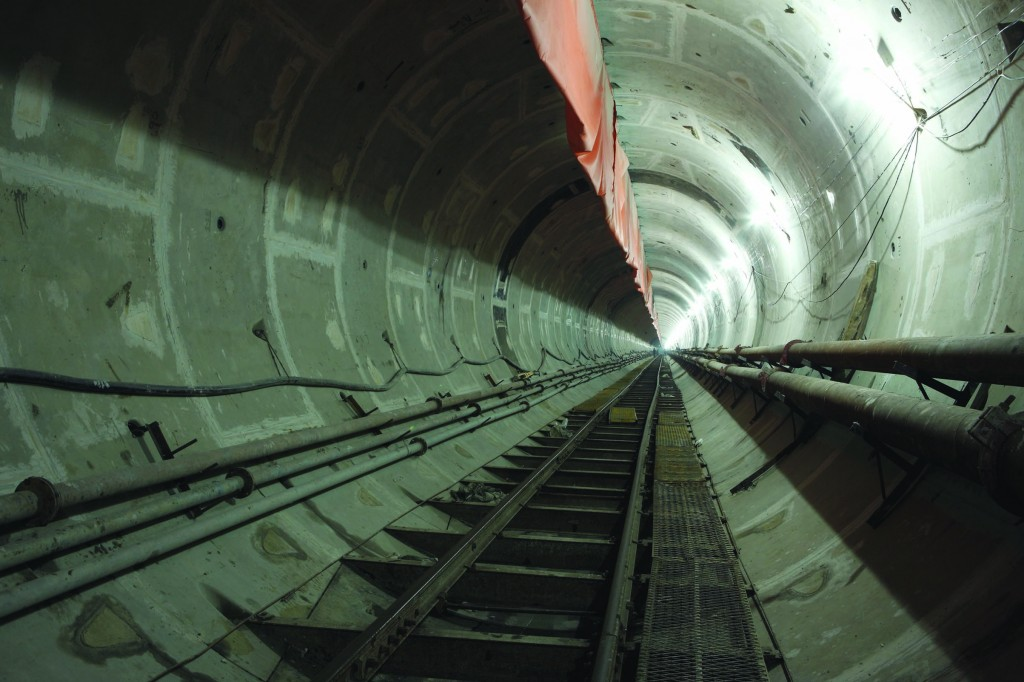 The Zhanjiang Bay Sub-Sea Tunnel will become operational in March 2013, providing fresh water for a large steel plant.